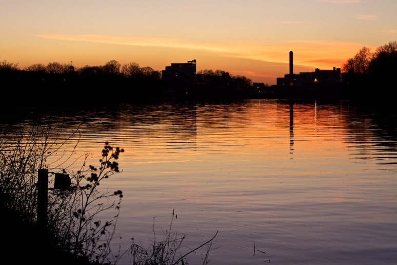 Sunset over the River Thames at Mortlake, London